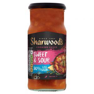 Σάλτσα Γλυκόξινη Sharwoods Sweet and Sour 30% Less Sugar Cooking Sauce Mild 425g