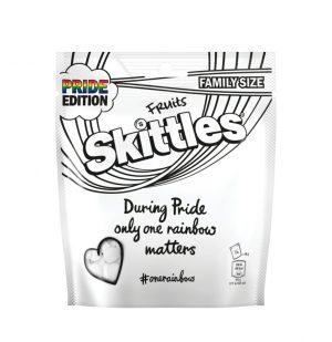 Καραμελάκια Skittles White Fruits Pride Edition Family Size 196g