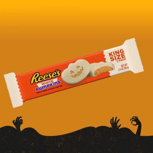 Halloween Reeses White Chocolate Peanut Butter Pumpkins Candy King Size 68g